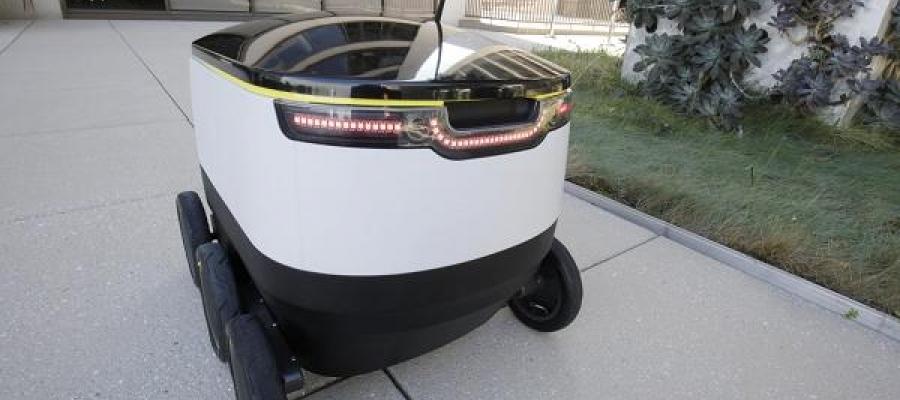 Roboti dostavljaju pakete umesto kurira