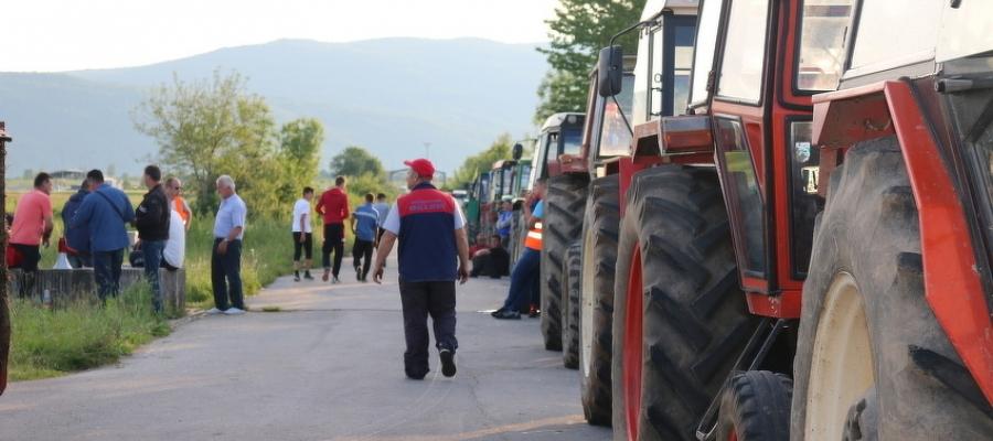 Deblokiran GP Izačić: Postignut dogovor poljoprivrednika i ministarstva