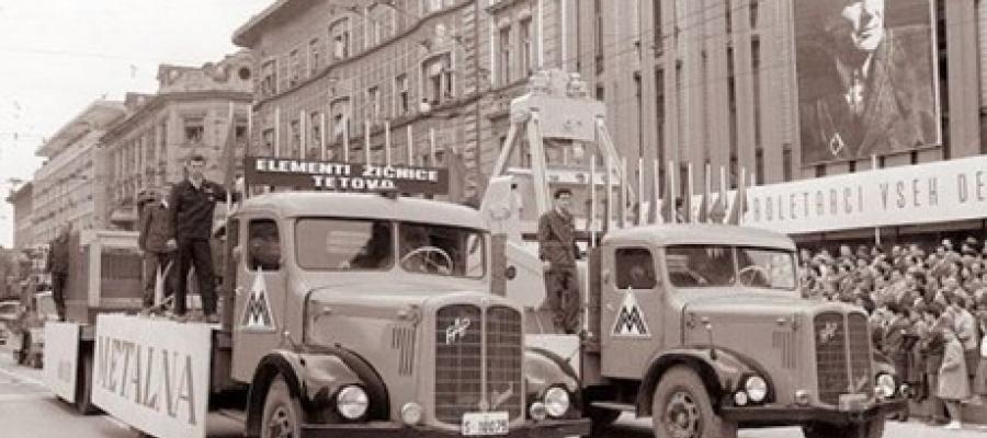 30. listopada 1953. u Priboju proizveden prvi FAP 'Kljunaš', naša kamionska legenda